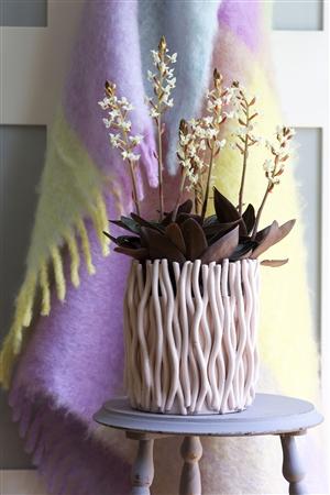 schaal met paars kleed lowres